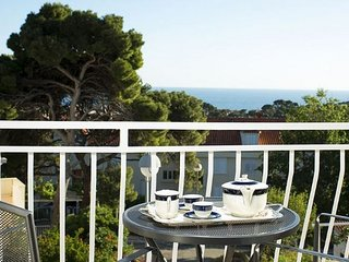 Milka & Miho Apartments- Double or Twin Room with Balcony and Sea View 2
