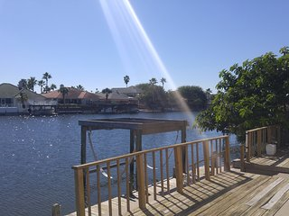Bottom Level Canal Water Front Home!, Corpus Christi