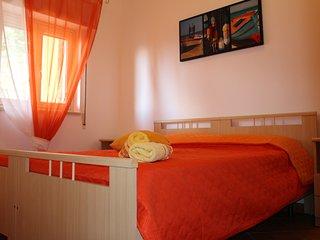 Casa Niry, da 4 a 10 posti letto, 100 mt dal mare!