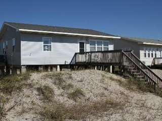 Pop's Place, Oak Island