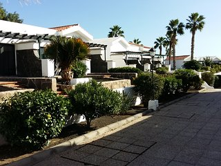 Bungalows Maspalomas Lago 4, quite and good located, Playa del Ingles
