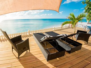 BeachFront New Apartment Suites - Stingray Suite