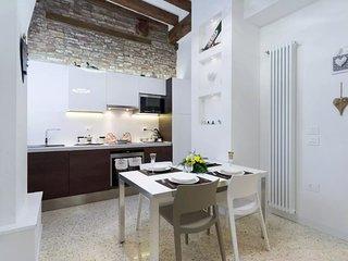Ca' Flavia perfetto per la tua  famiglia , 10 minuti da Rialto e San Marco wi-fi