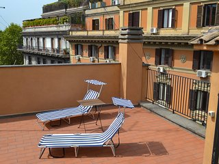 Barberini Luxury Terrace #11104.1, Colonna