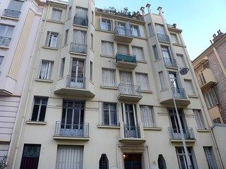 Le Guiglia #3976.1, Niza