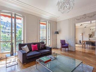 onefinestay - Boulevard Raspail IV private home, Parijs