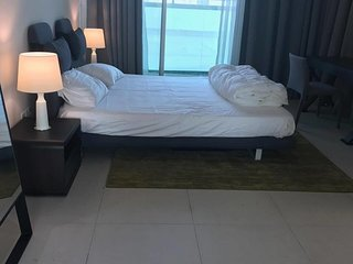 Cosy, Brand new, Large Studio available for guests in highly accessible area, Dubai