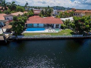 Villa Bianca, North Miami Beach