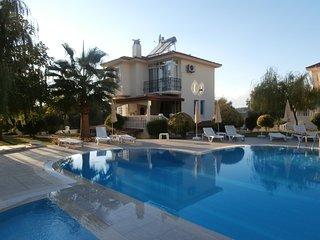 Upper Villa Fleurie