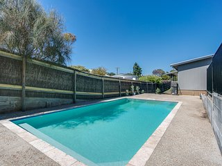 MELBOURNE ROAD SORRENTO (NEAR SHIRLEY AVE) (S*********) - BOOK NOW FOR SUMMER