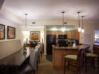 Wyndham Great Smokies Lodge/Waterpark/3 nights/2 bdrm deluxe/July 13-16