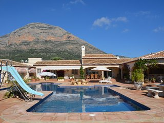 Luxury spacious villa with private swimming pool and stunning views