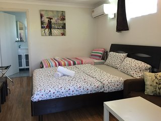 Air Conditioned Studio House FLAT for 3 people