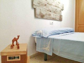 Double or triple room near Valencia + wifi, Silla