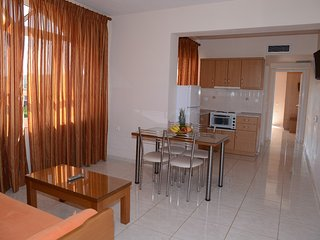 (No7) Maria's Filoxenia Suites - Two room Apartment for 4 people