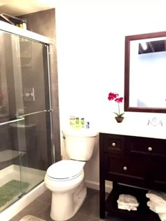 Enjoy a pleasant rainshower in your almost brand-new bathroom. Shampoo , conditioner, body wash, to
