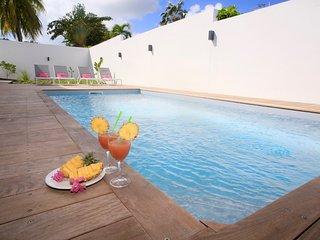 Appartement de standing piscine Anse des Rochers