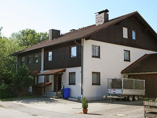 Nikolaus-Lenau-Strasse #5537.1, Polling