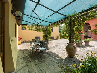 One bedroom apartment close to Florence with swimming pool, apt. #2