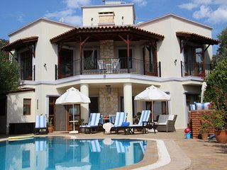 Spacious 3 bedroom air conditioned secluded villa in quiet location with pool, Kalkan