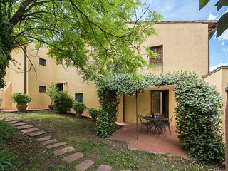 Tuscan farmhouse apartment with two bedrooms and 2 bathrooms, apt. #8, Montagnana Val di Pesa