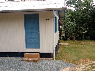 casa pra temporada  á 900 mts da praia de cabeçudas., Itajai