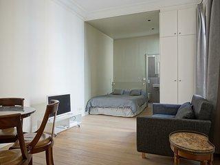 Studio apartment in Paris with Lift, Washing machine (449936), Parijs