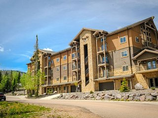 5BR+Loft Brian Head Condo w/Mountain Views!