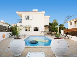 Pernera Cosy 3 bedroom Villa Ksenia, Close to the Beach, with Private Pool
