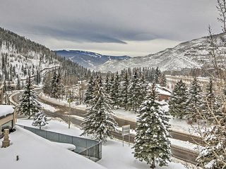 3BR Platinum Vail Condo w/Gorgeous Mountain Views!