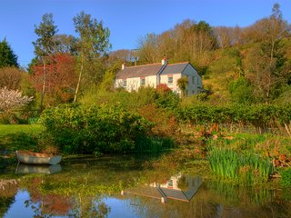 Ideally located farmhouse among woods and ponds