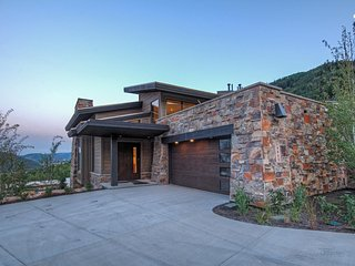 The Enclave - 5BR Home at Sun Canyon, Park City