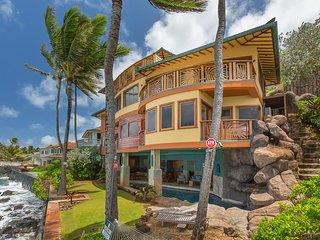 Whispering Palms, Kailua
