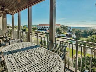 Gulf views, rooftop deck with community pool  - Open Air at Waterhouse