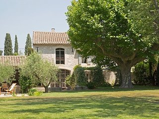 Luxury Provence Villa Close to St Remy - Le Mas de St Remy