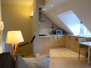 Oxford Vanbrugh Short Let Space Serviced apartment sleeps 3