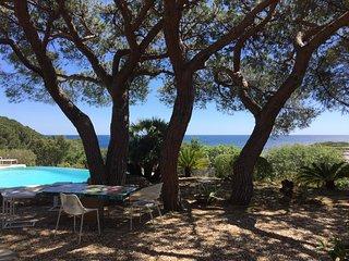Villa vue mer 180,  piscine chauffée, plage, commerces et port à pieds