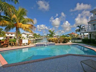 La Patrice Bahamas Waterfront Yacht Club