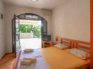 Apartments Mracevic - Studio with Terrace 2, Herceg Novi
