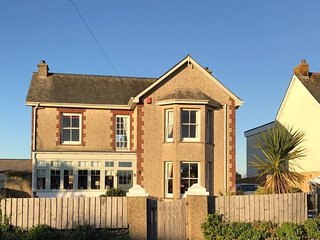 Shenstone House is a beautiful period property with 4 beds located in Newquay.