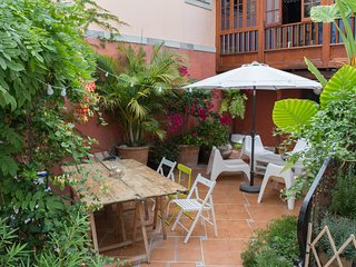 Casa San Roque - 1 bedroom apartment with Patio near old Las Palmas