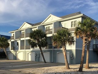 LOW Rise Townhouse - POOL, water views & great reviews!, Perdido Key