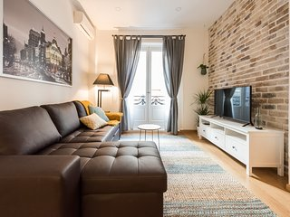 Be Mate - Las Cortes City Center Apartment, Madrid