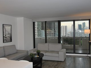 Modern & refurbished-The Grand Double Tree Miami.