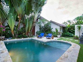 Villa Arushi By Bali Villas Rus - GREAT VALUE & GREAT LOCATION of Seminyak