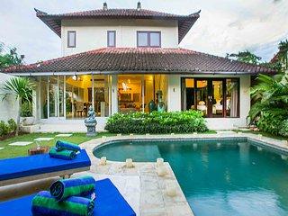 Villa Arushi 6 By Bali Villas Rus - GREAT LOCATION & VALUE Villa SEMINYAK