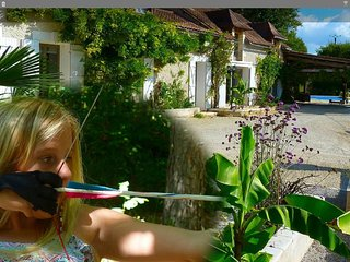 France, Aquitaine, Dordogne,  Perigueux, Archery holidays, private pool,, Sorges