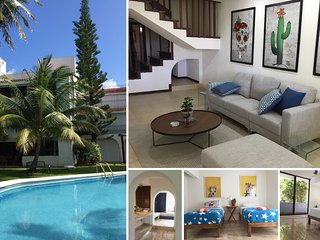 Luxurious  3700 ft2 Villa Lima in quiet location close to center of hotel zone, Cancun