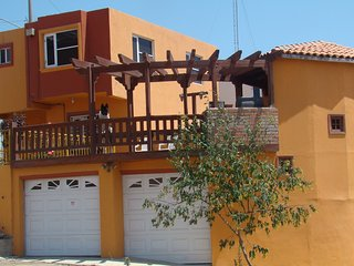 country and city house, Rosarito