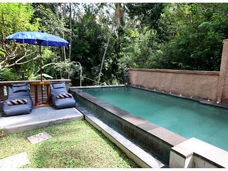 Cherry House Ubud, Kedewatan